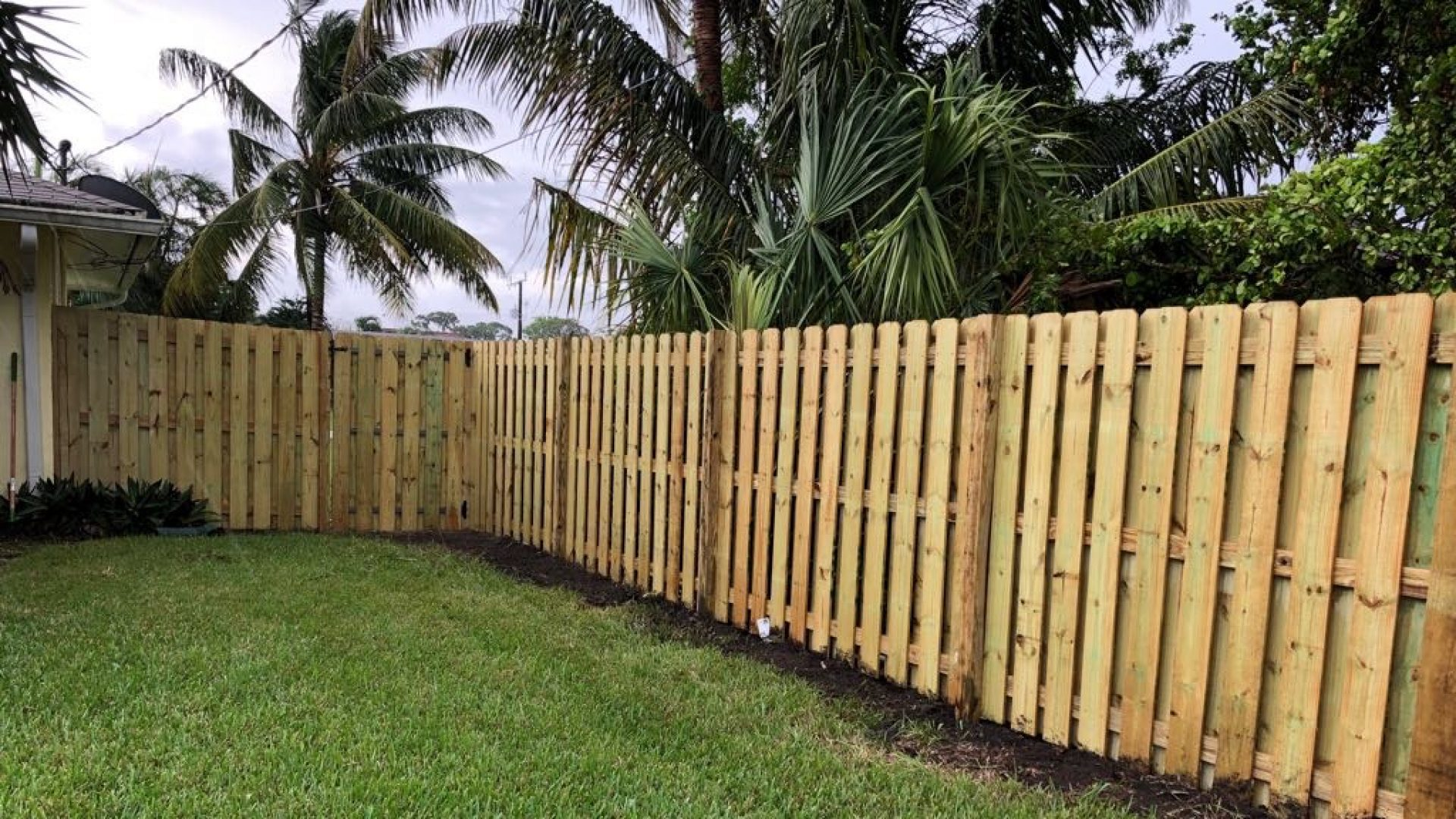 South Florida Contracting Services-residential & commercial home remodeling, fencing, concrete, epoxy coatings, roofing installation, repairs, EIFS, stucco-528-We do residential & commercial contractor work for home remodeling, fencing, concrete services, epoxy coatings, roofing installation, repairs, EIFS, stucco, water heater installation, and any construction related items we can do.